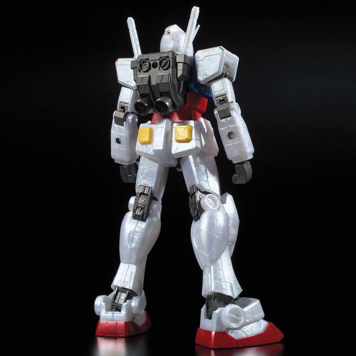 メガサイズモデル 1/48 ガンダムベース限定 RX-78-2 ガンダム [メタリックグロスインジェクション] 商品画像