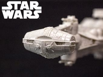 開発ブログ更新!11月30日発売のSTAR WARS 3商品をご紹介!超絶密度の「ブロッケード・ランナー」&頭が特徴的な「R4-I9」!